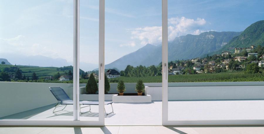 Vetrate Per Balconi Esterni : Sostituzione vetri porte interne e balconi a catanzaro csgnet