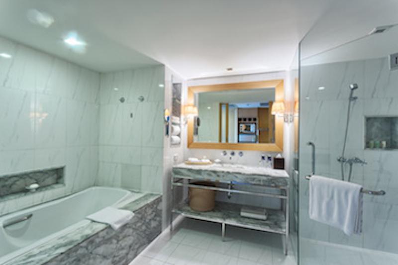 Ristrutturazione bagno hotel bagno albergo chiavi in mano a